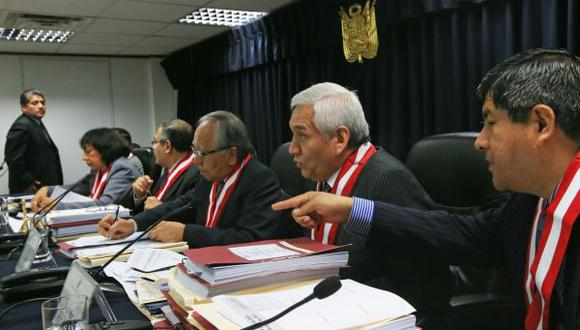 Más de cuatro mil abogados postulan para jueces y fiscales