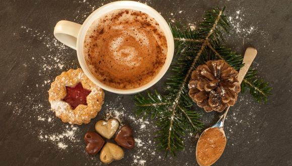 El chocolate caliente se puede disfrutar con panetón, galletas de jengibre o roscón de Reyes. (Foto: Sabrina Ripke / Pixabay)