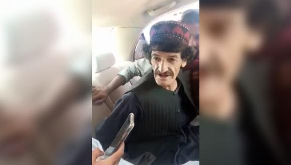 Imagen de Nazar Mohammad antes de ser asesinado por los talibanes en Afganistán. (Captura/Twitter).