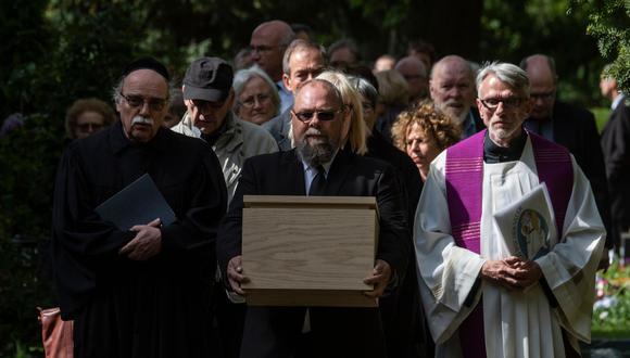 Alemania sepulta a víctimas de experimentos nazis más de 70 años después. (AFP).