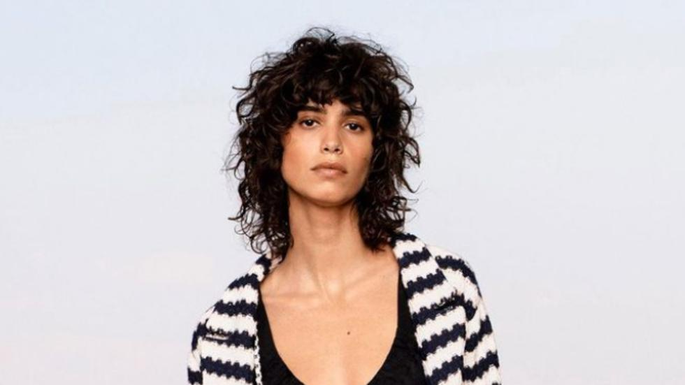 Llevar el cabello corto puede ser todo un reto. Sobre todo si sufrimos con temas como el frizz o el extra volumen. Sin embargo, existen estilismos que podemos llevar para sacar el mejor provecho de este corte. (Foto: IG @voguerunway)