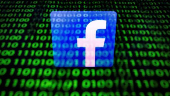 La multa de 500.000 libras esterlinas es menos de lo que ingresa en 10 minutos la empresa de redes sociales valorada en 590.000 millones de dólares. (Foto: AFP)
