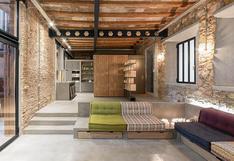 En esta casa de estilo industrial los techos y paredes son protagonistas | FOTOS