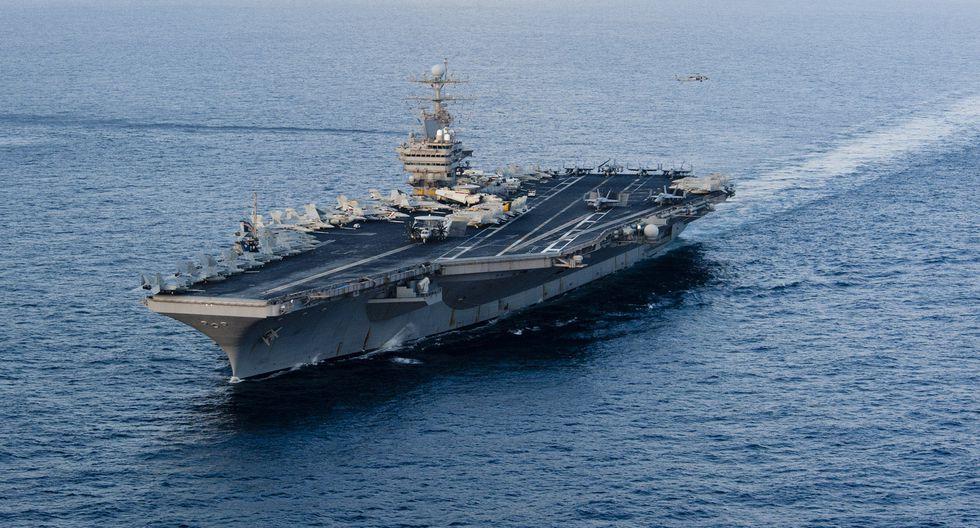 Estados Unidos desplegó un Grupo de Ataque con Portaaviones (CSG) frente a las cosas de Florida en medio de tensiones con Venezuela. El grupo lo encabeza el portaaviones USS Abrahm Lincoln (CVN-72). Foto: Archivo de AFP