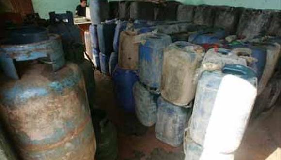 Piura: decomisan 800 galones de petróleo procedentes de Ecuador