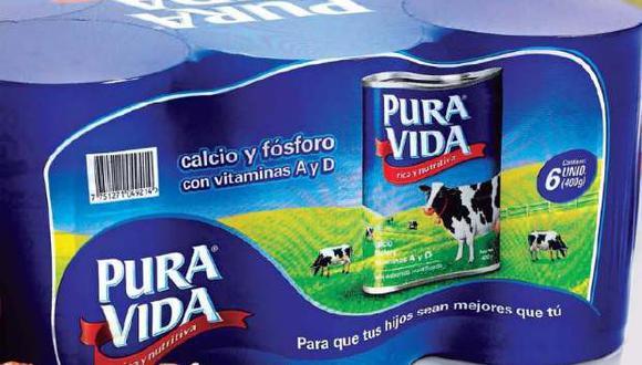 """Etiqueta de Pura Vida no menciona palabra """"leche"""", pero sus imágenes sí inducen a relacionarla con ese concepto."""