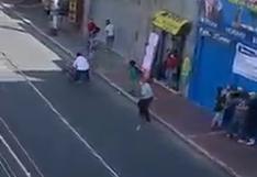 Tacna: candidato al Parlamento por Fuerza Popular se pelea en plena vía pública | VIDEO