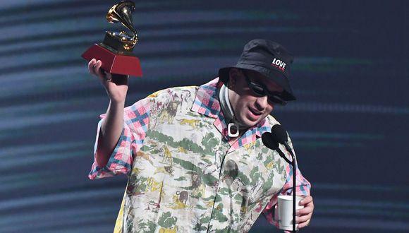 """Bad Bunny se llevó el Grammy Latino en la categoría Mejor álbum urbano por su primera producción """"X 100PRE"""". Foto: AP"""