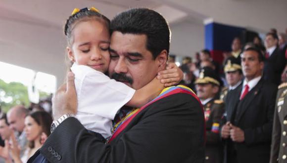 """Maduro llama """"trasnochados de izquierda"""" a sus críticos"""