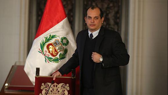 Luis Miguel Castilla presentó cartas credenciales ante Obama