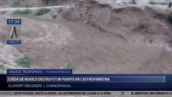 El hecho ocurrió tras la activación de las quebradas ubicadas a lo largo de la carretera que une el distrito de Ticrapo y la capital de la provincia de Castrovirreyna. (Foto: Canal N)