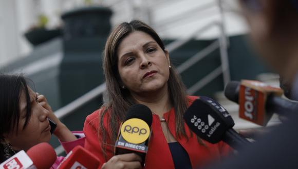 Beteta afirmó que el Tribunal Constitucional también debió admitir la medida cautelar para suspender los efectos de la disolución del Parlamento. (Foto: Anthony Niño de Guzmán/GEC)