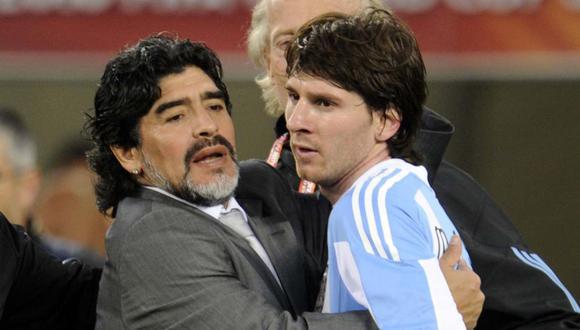 Ronald Koeman contó cómo afectó a Lionel Messi el deceso de Diego Maradona. (Foto: AFP)