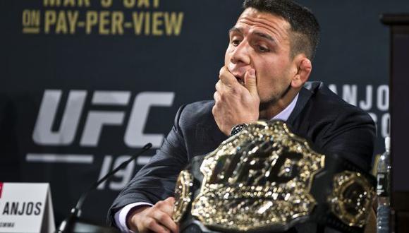UFC: Rafael dos Anjos lesionado y no peleará con Conor McGregor