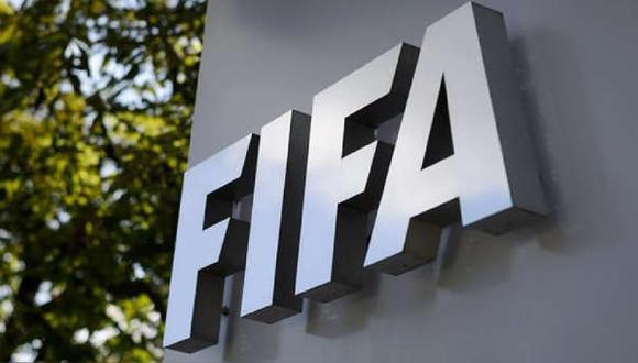 FIFA aprueba regla que permite a futbolistas jugar por dos selecciones. (Foto: AFP)