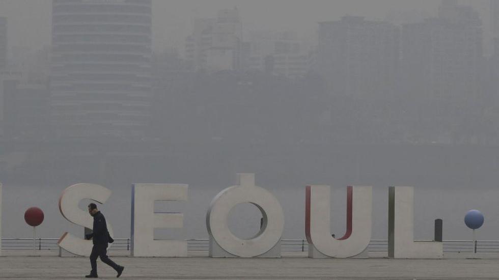La contaminación por smog causa alarma en toda Asia | FOTOS. (AP)