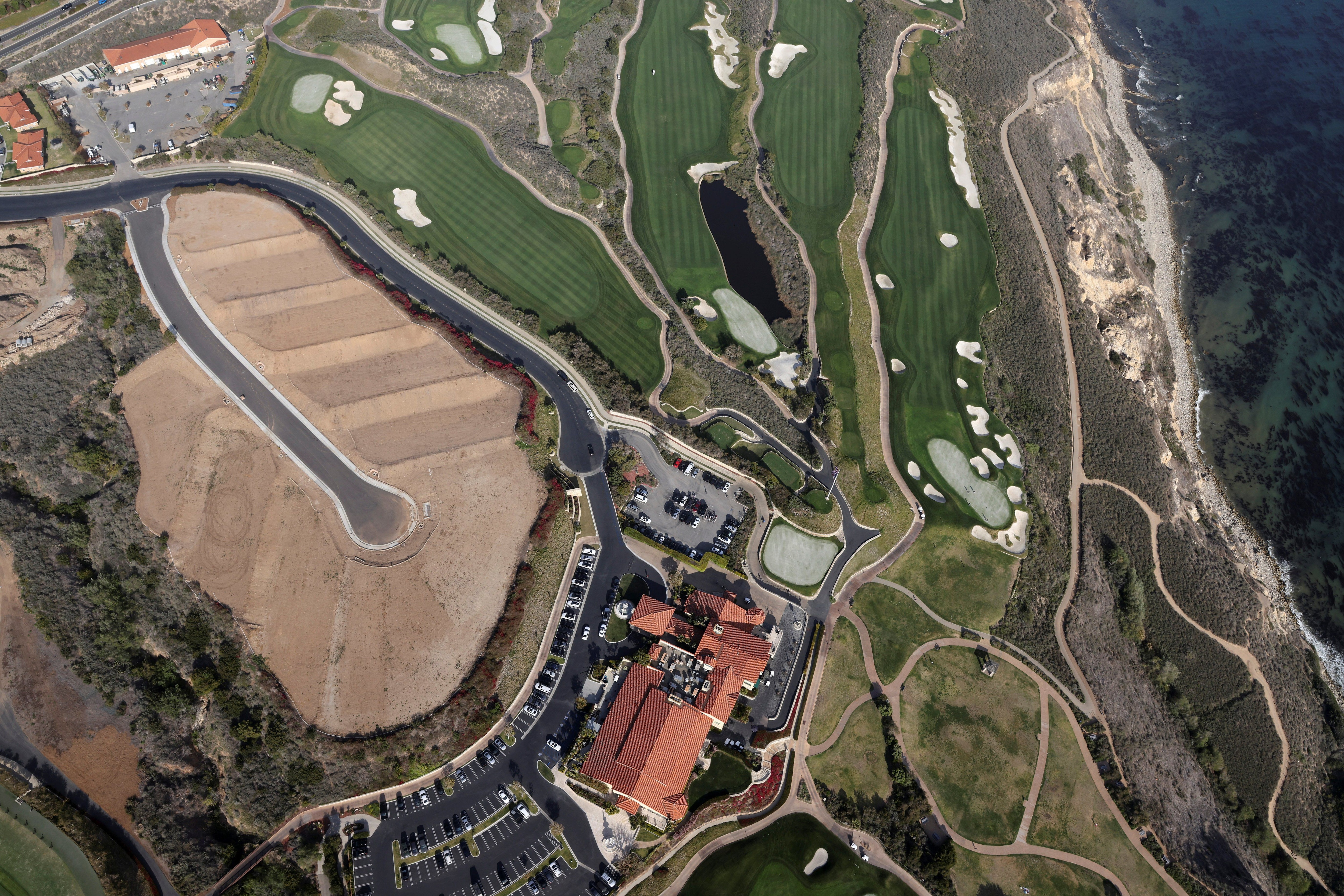 The Trump National Golf Club is seen in Rancho Palos Verdes, near Los Angeles, California, United States, on April 7, 2021. (REUTERS / Lucy Nicholson).