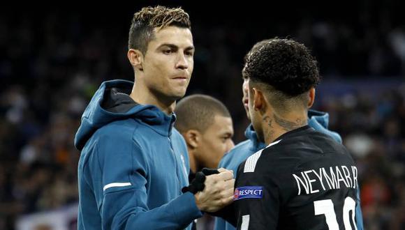 ¿Cristiano Ronaldo y Neymar podrían jugar juntos la próxima temporada en el PSG? (Foto: AFP).