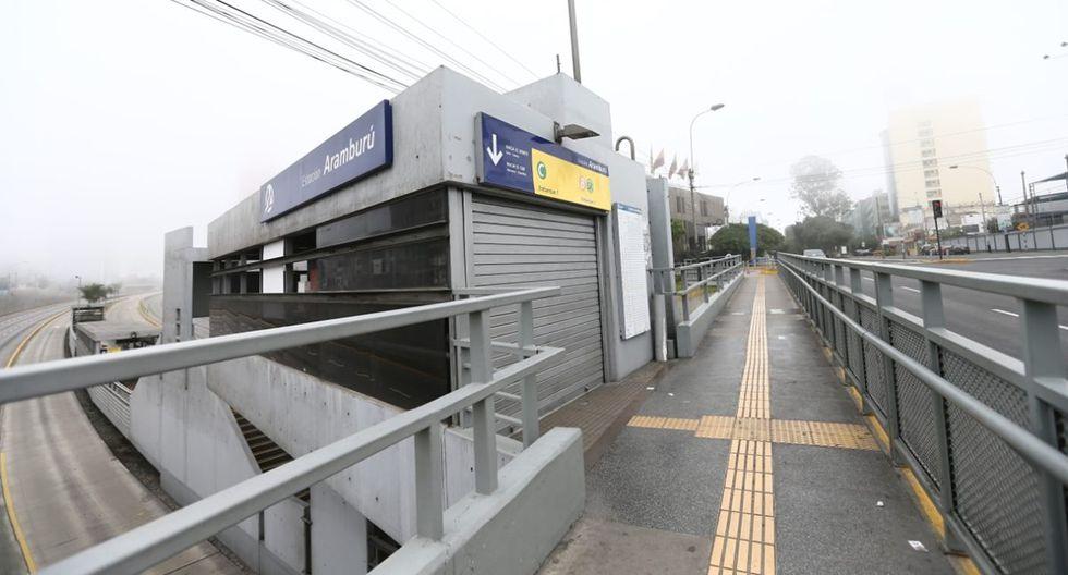 Ingreso a la estación Aramburú del Metropolitano, hoy cerrada. (Foto: Jesus Saucedo)