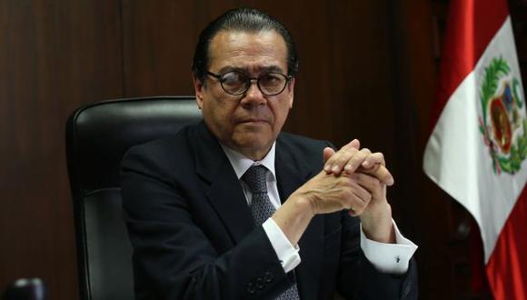 Mendoza señala que una comisión viene revisando los códigos procesales para reducir drásticamente los procedimientos.
