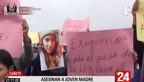 El cuerpo de Wendy Karina Jara Flores (23) presentaba dos impactos de bala y a pocos metros fue encontraba su hija de tres años. (Foto: captura de video Panamericana TV)