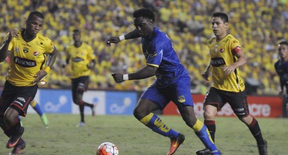 Delfín venció 2-1 de visita al Barcelona SC y quedó cerca de clasificar a la Libertadores. (Foto: Agencias)