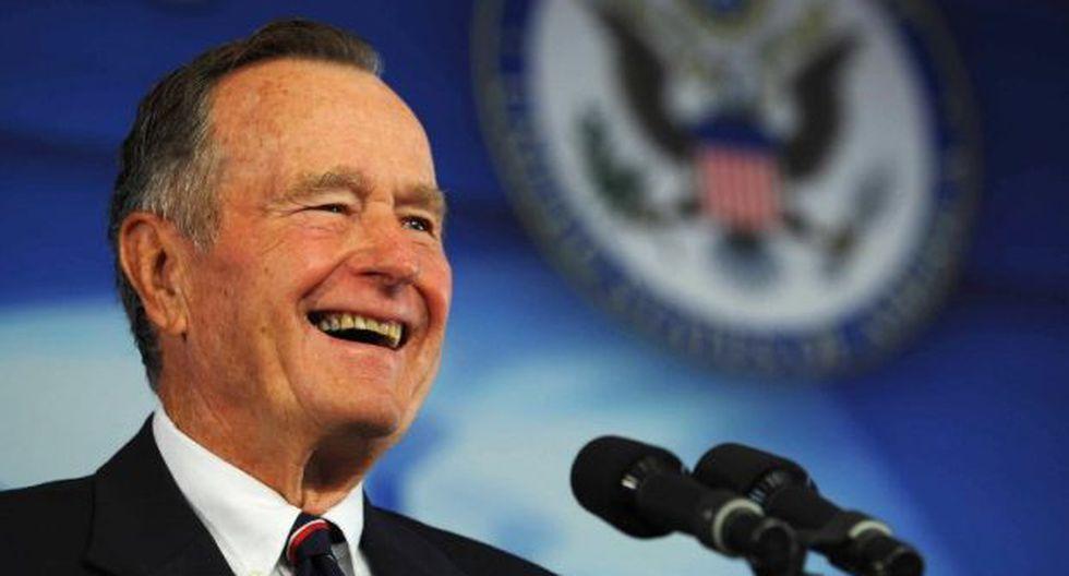 Bush murió ocho meses después de que lo hiciera su esposa, la ex primera dama Barbara Bush, con la que estuvo casado 73 años. (Foto: AFP)