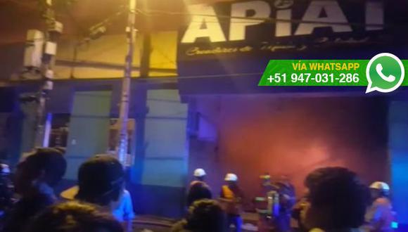 La Libertad: incendio consumió centro comercial en Trujillo