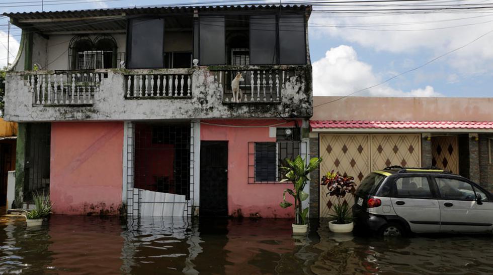 Ecuador: calles inundadas en Durán por intensas lluvias  - 2