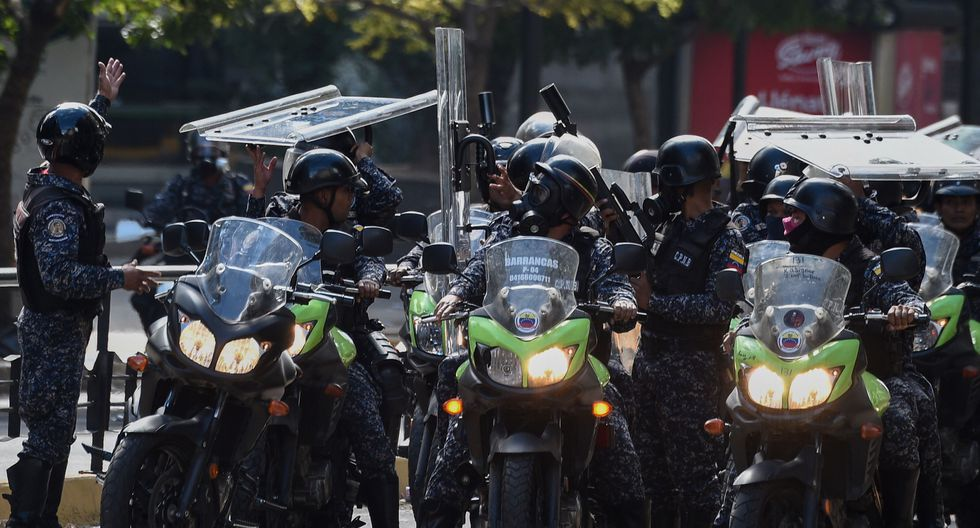 Venezuela: se registran serios disturbios en Caracas tras la juramentación de Juan Guaidó. (AFP).