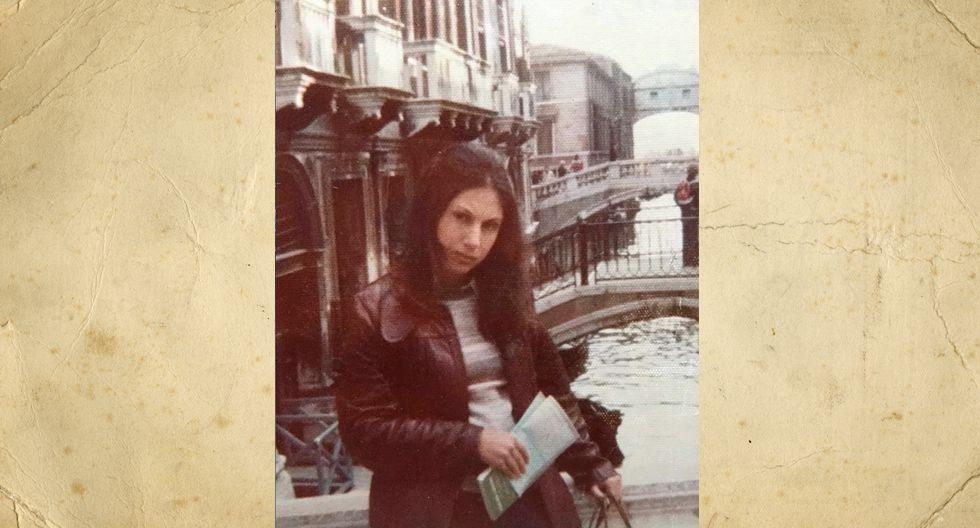 Ella es Silvia Almenara Batiffora. La foto es en Venecia, mayo de 1976. Trabajaba en ese entonces en el Ministerio de Vivienda. Un año después nació Rafaella, y tras ella, sus cuatro hermanos.  Hoy Silvia tiene seis nietos.