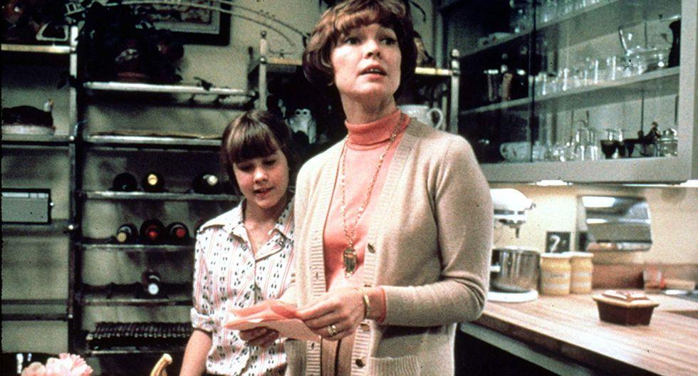 """Linda Blair y  Ellen Burstyn, en una escena de """"El exorcista""""."""