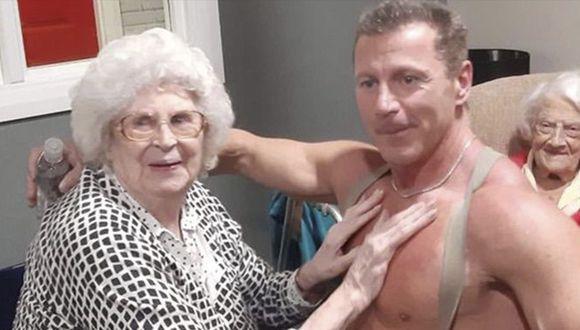 Casa de retiro cumplió deseo navideño de abuelita de 89 años. (Care UK)