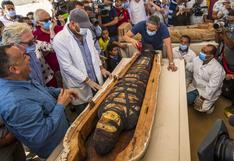 Egipto presenta al mundo 59 impresionantes sarcófagos de 2.600 años hallados con momias en su interior | FOTOS