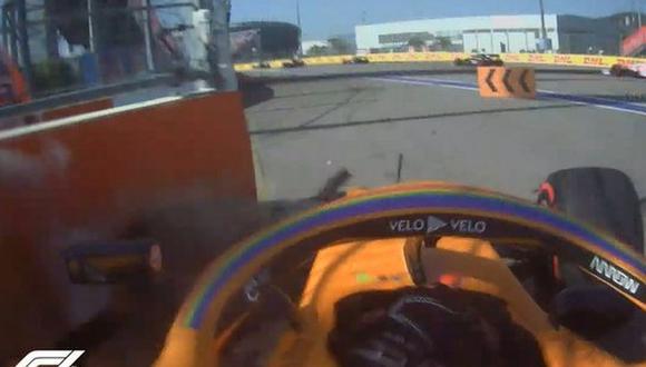 El piloto español, que partió en sexto lugar en el Gran Premio de Rusia, sufrió un accidente chocando contra el muro en la primera vuelta. (Foto: Captura Twitter F1)