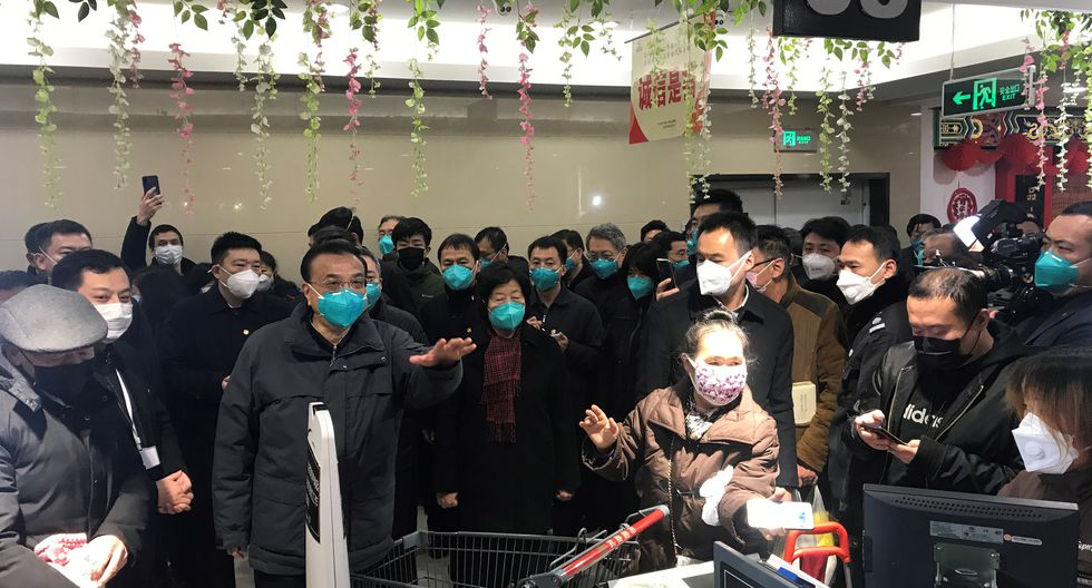 El primer fallecimiento, imputado al virus 2019-nCoV, aparecido en diciembre en la ciudad china de Wuhan (centro), fue anunciado el 11 de enero. (Foto: AFP)
