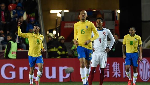 Brasil venció 3-1 a República Checa en Praga con doblete de Gabriel Jesus. (Foto: AFP)