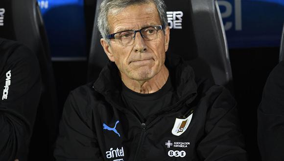 Oscar Tabarez analizó la previa el partido contra Brasil en Montevideo.