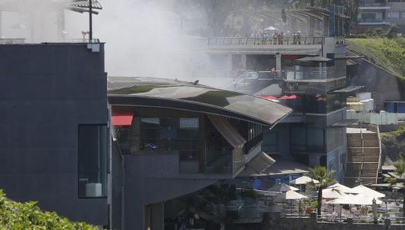 Miraflores ordenó el cierre temporal de Larcomar tras incendio