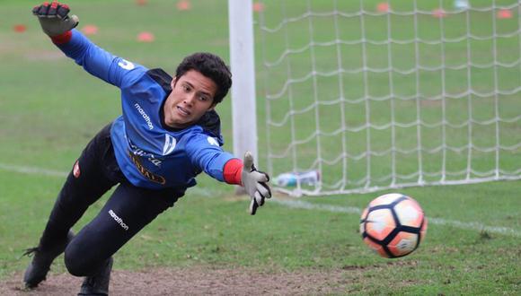 Emile Franco es uno de los porteros nacionales que aspira a disputar los Juegos Panamericanos 2019 con la selección peruana Sub-23. (Foto: Alonso Paredes)