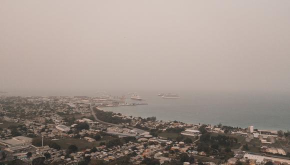 Imagen del polvo del Sahara frente a las costas de Barbados, el 22 de junio | Foto: Alexander James/via REUTERS