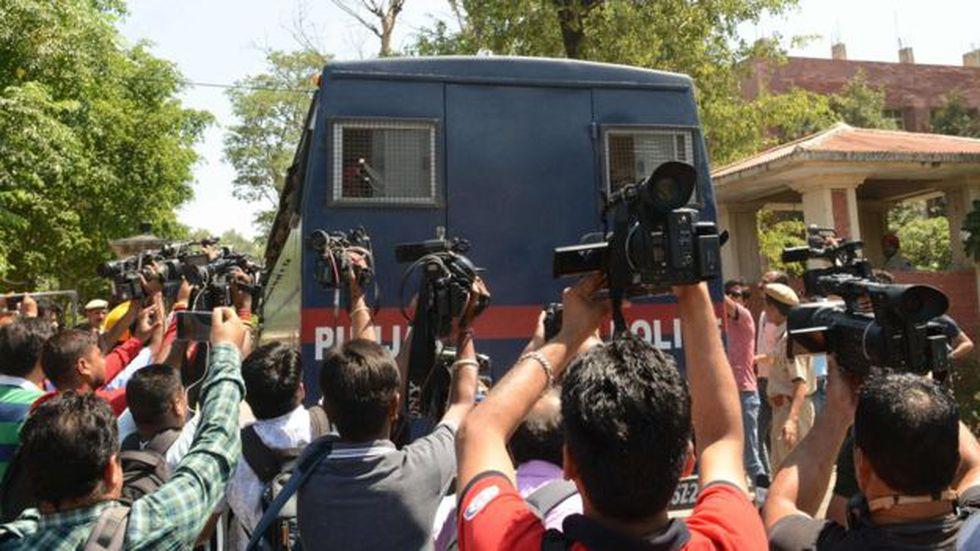 El tribunal dio a conocer el veredicto en medio de una fuerte presencia policial.