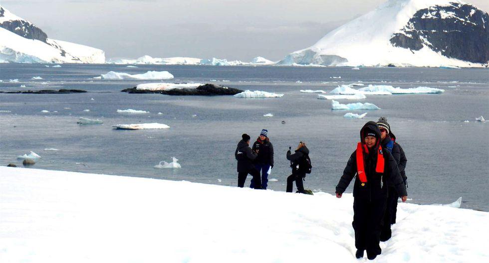 Ochenta líderes científicas descubren el sonido del silencio de la Antártida. (Foto: EFE)