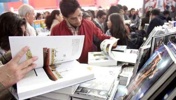 La Feria Internacional del Libro de Lima se realiza en el parque Próceres de Jesús María. (Foto: El Comercio)