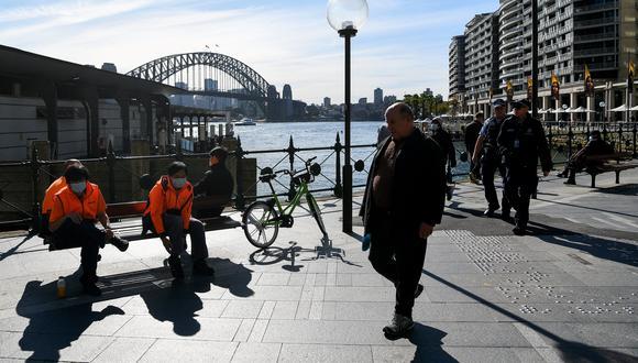 Australia, que implementa una férrea y rápida política de confinamientos al detectar brotes del virus, acumula desde el inicio de la pandemia más de 33.000 infecciones de COVID-19. (Foto: Bianca De Marchi / AFP)