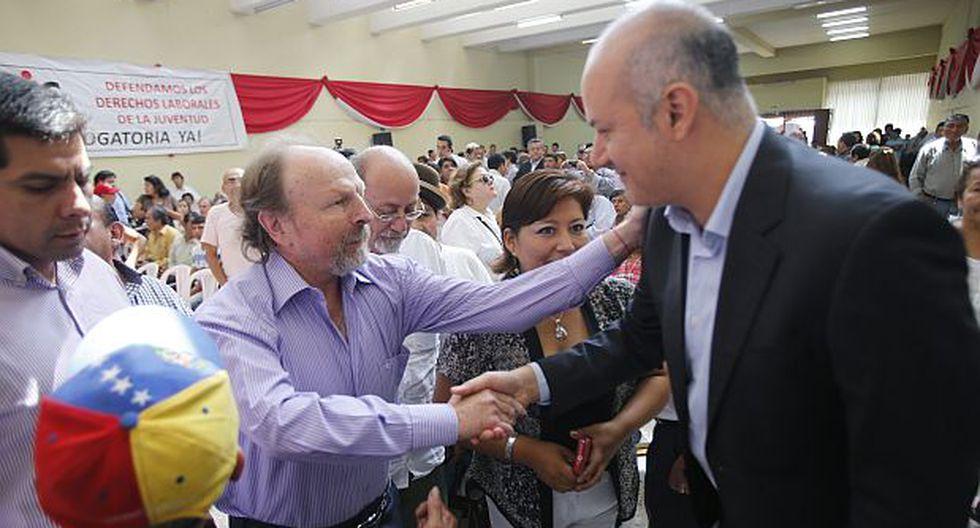 Tejada y fonavistas se suman a frente de Lerner y Villarán