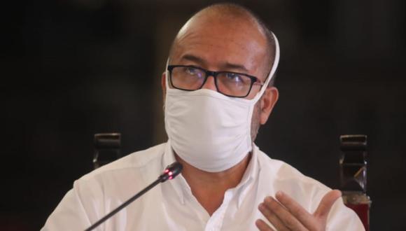 Víctor Zamora consideró que Pedro Cateriano falló en comunicar las nuevas acciones para mitigar el avance del COVID-19.