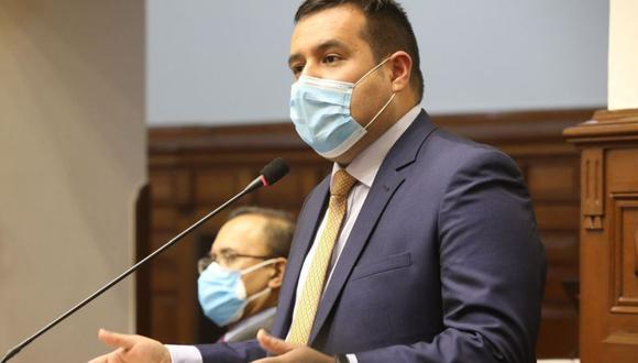 Salinas fue designado como nuevo vocero de la bancada de Acción Popular en reemplazo de Otto Guibovich. (Foto: Andina)
