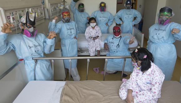 Personas de salud en el Hospital del Niño. (Foto: ANDINA/Jhonel Rodríguez Robles)