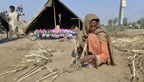 Condenan a niño por relación con una mujer casada en Pakistán